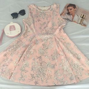 🎀 Adorable Pink Dress